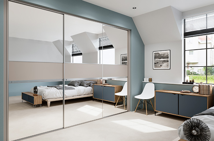 Minimalist in Silver Mirror with Matt Stone Grey